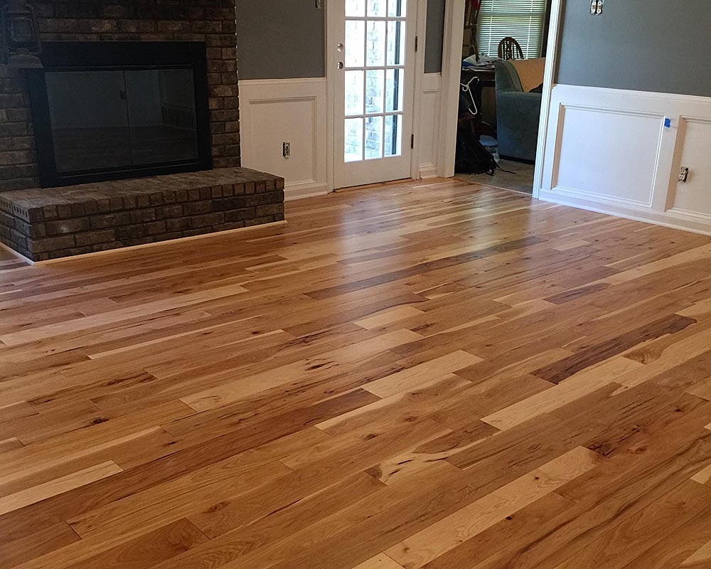 Hardwood flooring colors 2017 carpet vidalondon for Hardwood floor colors