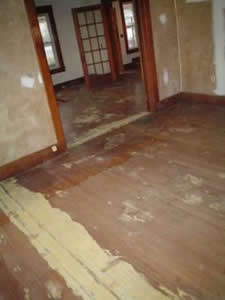 Remove Carpet Wood Floor Underneath Carpet Vidalondon Remove Paint Found Wood  Flooring Under The Carpet Chances