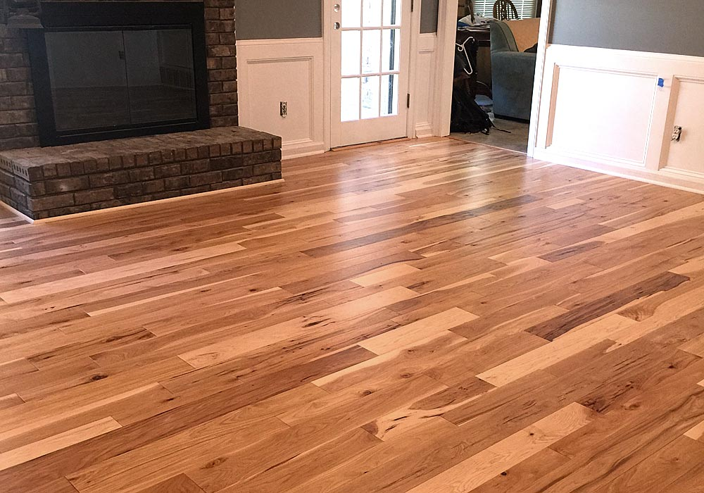 Natural Hickory variable width plank
